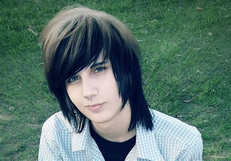 emo hairstyles guys thin hair 30 mind blowing emo hairstyles for guys creativefan