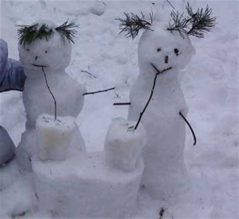 cute backyard ideas for winter decorating 25 creative funny snow sculptures www pixshark com images