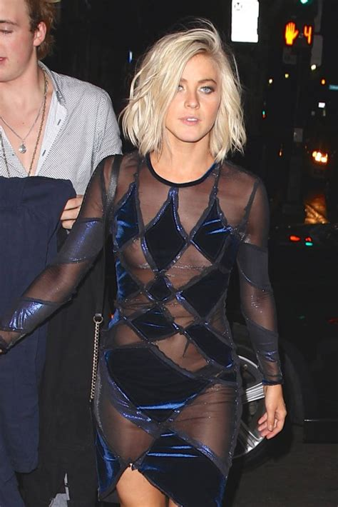 wardrobe malfunctions julianne hough suffers embarrassing wardrobe malfunction