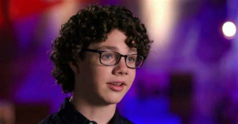 the voice contestant with long hari long hair on voice long hair contestant on the voice the