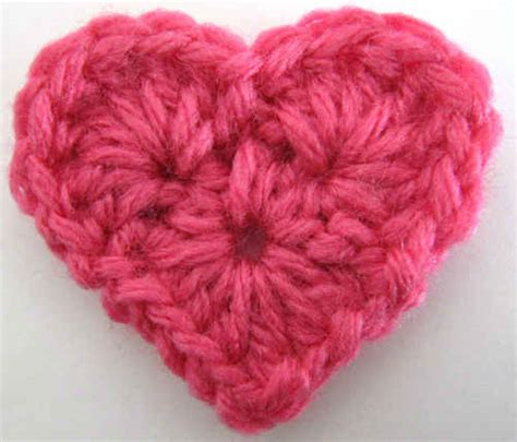 free crochet heart pattern video free crochet pattern small heart 11