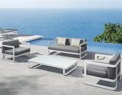 mobilier de jardin design astuces et id 233 es int 233 ressantes