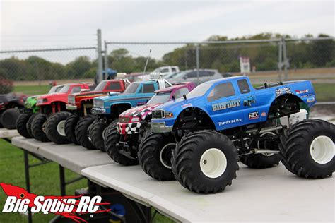 bigfoot rc monster truck everybody s scalin for the weekend bigfoot 4 215 4 monster
