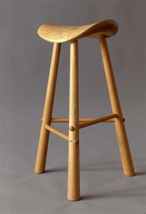 3 Leg Stool by 595 Best Images About Furniture On Donald O
