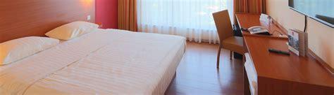 standard size of comfort room standard rooms hotel karlsruhe siemensallee star inn