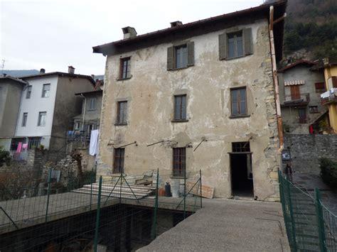 Haus Renovieren by Comer See Moltrasio Haus Zu Renovieren Mit Seeblick