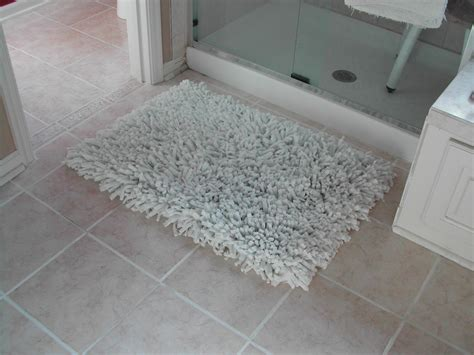 Shower Rugs by Recent Projects Bathroom Rug Button Wall Decorations And Cross Stitch Projects On