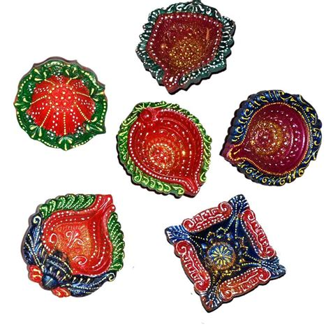 Handmade Decorative Diyas - 17 best images about diwali diyas on