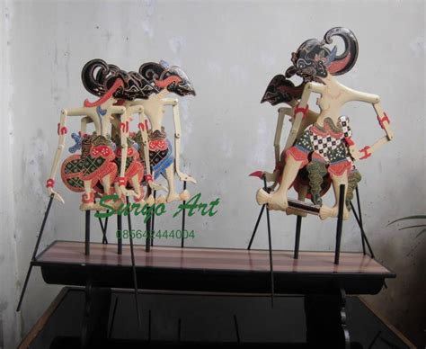 Sogan Srikandi 3 suryoart craft made to sale souvenir unique etnic wayang handicraft from java indonesia