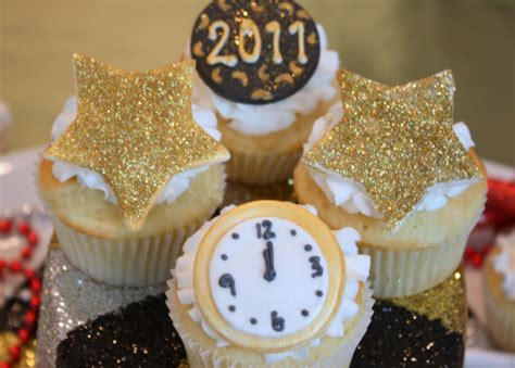 happy new year cupcakes happy new year cupcakes my cake school