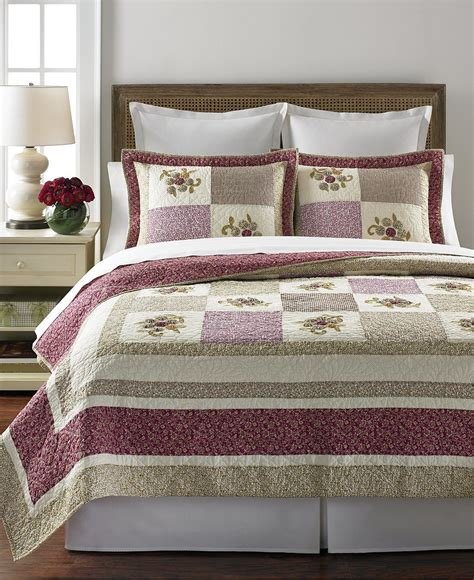 martha stewart coverlets martha stewart s quilt collection provides beautiful touch