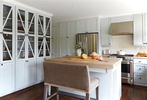chicken wire kitchen cabinets kitchen with chicken wire cabinet doors cottage kitchen