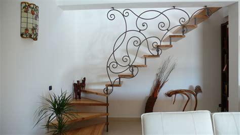 ringhiera scala ferro battuto scale a sbalzo elicoidali a chiocciola con ringhiere in