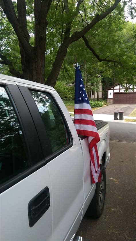 Truck Bed Flag Pole by How To Mount Flag Pole To Bed Of Truck Ford Truck