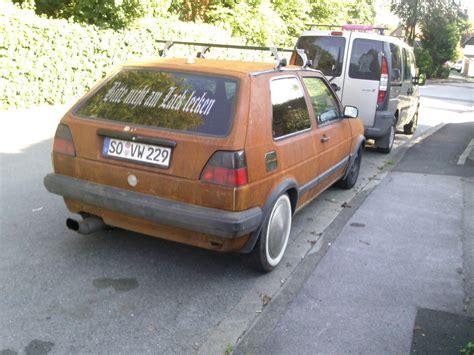 Rost Auto by Das Auto Wird Nur Noch Vom Rost Zusammen Gehalten Foto