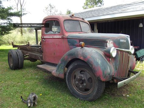 1 2 ton truck 1940 1 1 2 ton ford flathead truck
