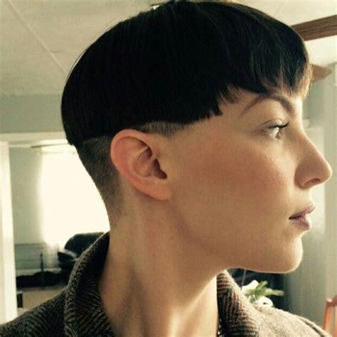 womens shaved chilli bowl woman chili bowl haircut best chili bowl haircut ideas on