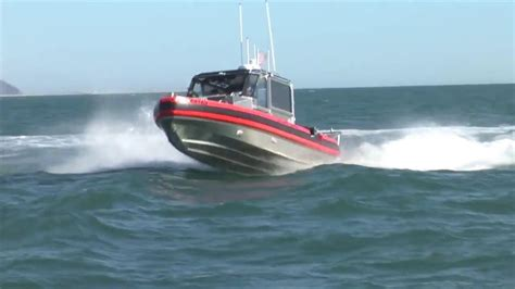 guard boat definition coast guard 29 foot response boat small ii youtube