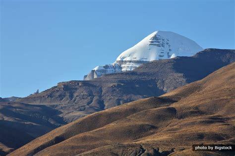 tibetan mountain sacred mountains in tibet tibet travel guide