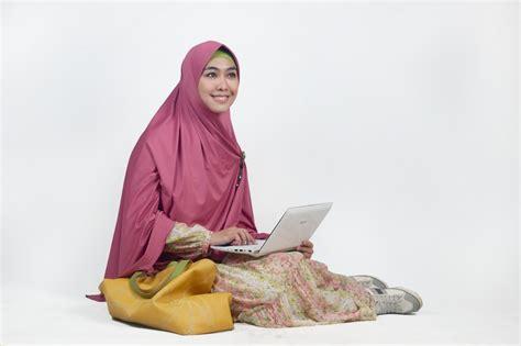 Baju Gamis Dewi 25 baju gamis syar i oki setiana dewi cantik dan modern