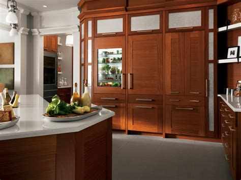 kitchen cabinet wood choices kitchen cabinet choices hgtv