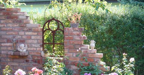Ziegelsteinmauer Im Garten by Im Trend Ruine Im Garten Mein Sch 246 Ner Garten