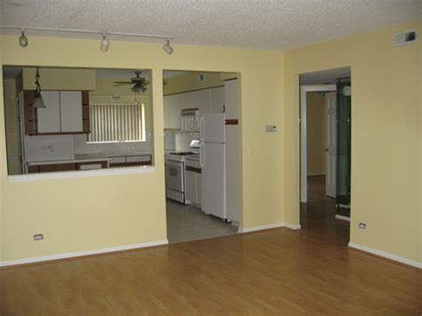 deluxe two bedroom condo rentals chicago il