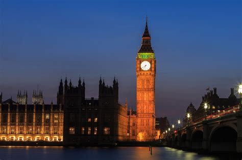 big pictures big ben bongs out by up to six seconds as bell becomes temperamental evening standard