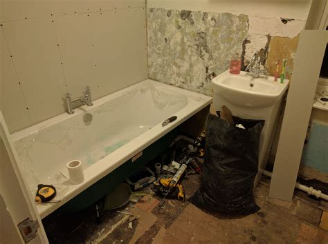 how to refit a bathroom how to refit a bathroom redecorate on a budget kents
