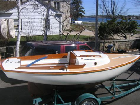 lagoon catamaran for sale vancouver small sailboats with cabin for sale the vancouver 27