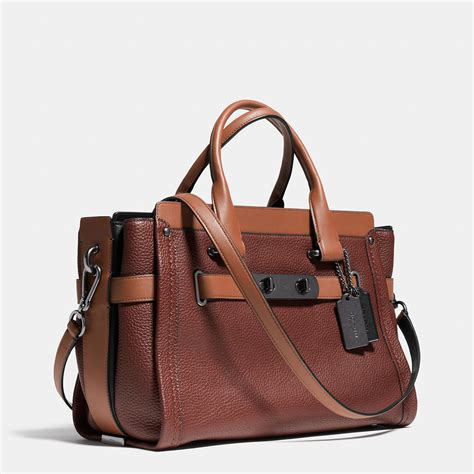 Tas Coach Swangger Shoulder Bag lyst coach swagger carryall in colorblock leather in brown