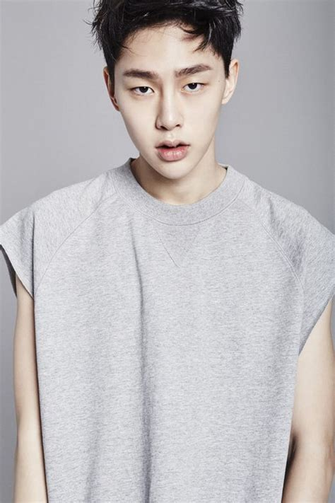 Sweater Produce101 S2 Hitam 104 best images about him on boys ulzzang