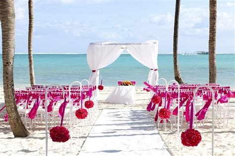 barcelo bavaro palace deluxe wedding pictures colorful destination wedding setups we destination