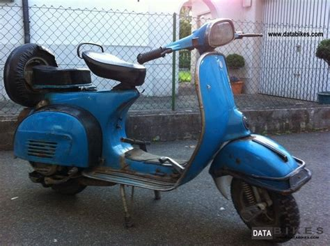 Scoot Biru 1975 vespa 1975