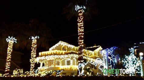 casa illuminata per natale ortona la villa illuminata fa sognare ad occhi aperti per