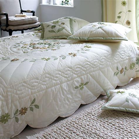 couvre lit satin