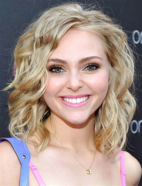 choppy haircut with curly hair cute curly hairstyles for cute short layered haircuts