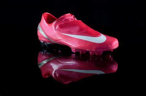 Baju Nike T90 Pink adidas football boots pink shoes