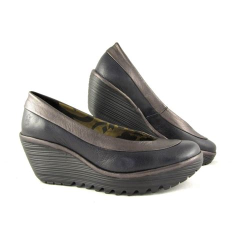 fly shoes fly shoes boots and sandals buy fly shoes