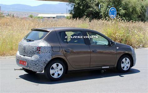 renault logan 2017 facelifted 2017 dacia sandero logan mcv spied carscoops