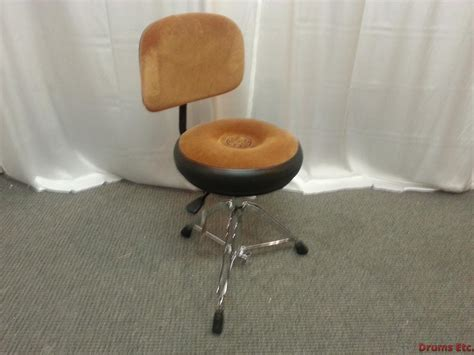 Guitar Foot Stool Alternatives by Roc N Soc Nitro Throne Style With Back Rest Roc