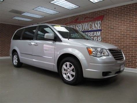 Chrysler Town And Country Swivel And Go by Sell Used 2009 Chrysler Town Country Swivel N Go