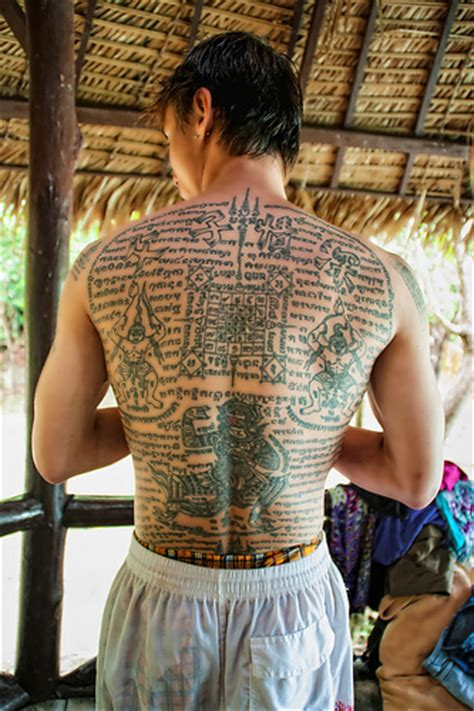 thai sak yant tattoo designs sak yant thailand flickr photo