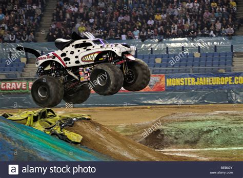 monster mutt monster truck videos 100 monster mutt monster truck videos candice jolly