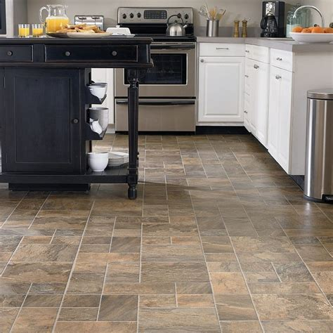 Best Kitchen Flooring Material Best 10 Kitchen Laminate Flooring Ideas On Wood E Causes