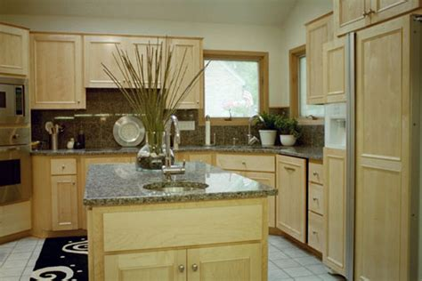 Granite Countertops Des Moines by Hartman Construction Specializes In Kitchen And Bath