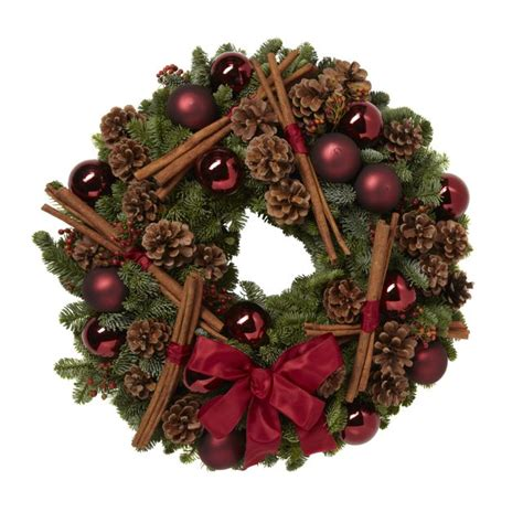 traditional wreath traditional wreath
