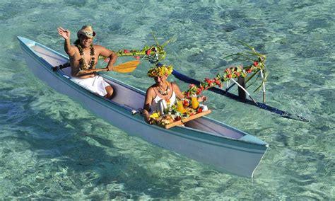 moana outrigger boat intercontinental bora bora le moana resort tahiti