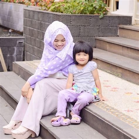 tutorial hijab anak aa gym gaya kompak hijab putri aa gym foto 6 dream co id