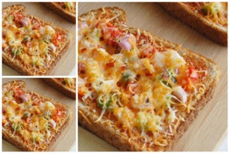 resep pizza  roti tawar praktis  enak area halal